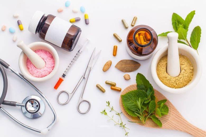Schuppenflechte Medikamente Psoriasis rezeptfreie Medikamente Salben Cremes Gesichtswasser Badesalz
